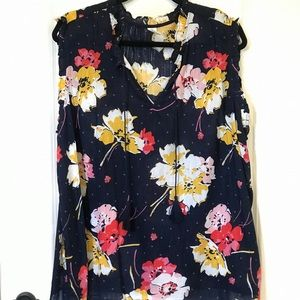 Old Navy Floral sleeveless blouse